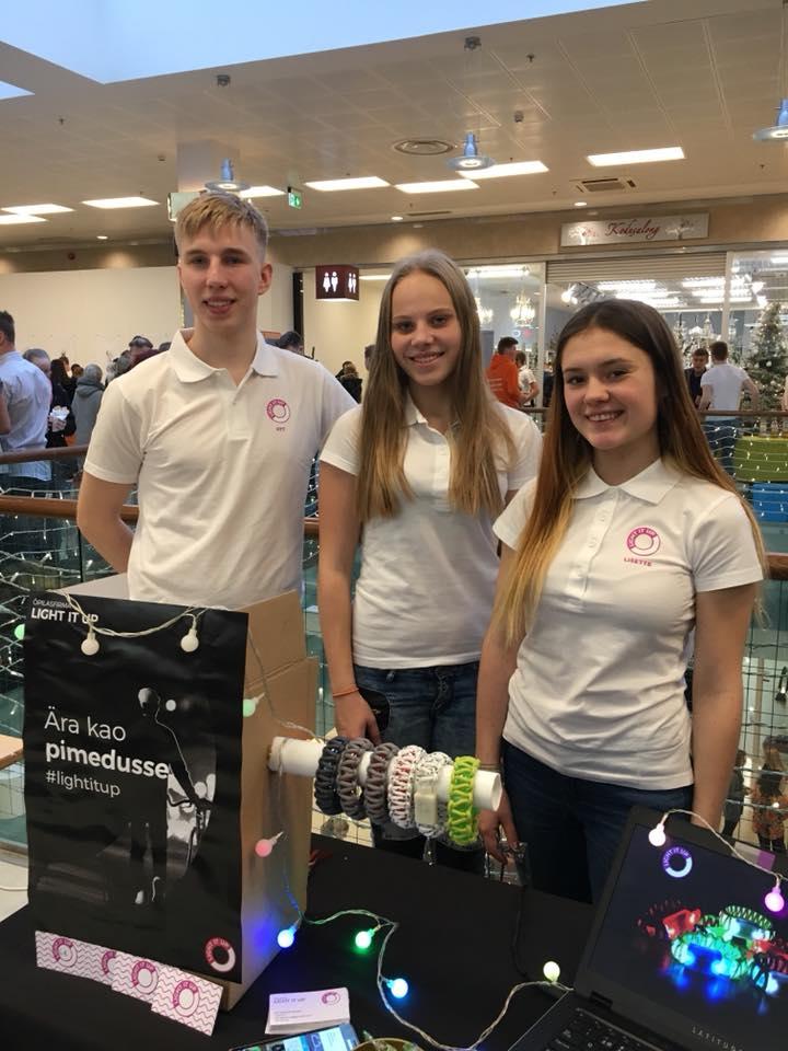 Õpilasfirma Light It Up pälvis sotsiaalse vastutustunde eripreemia