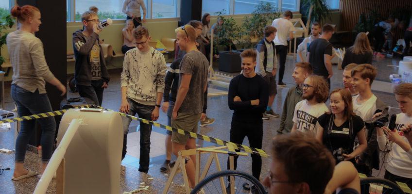 Õpilased ehitasid ööpäevaga Eesti pikima ahelreaktsiooni!