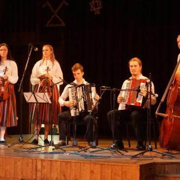 Meie õpilased Tartu noorte folkloorifestivalil