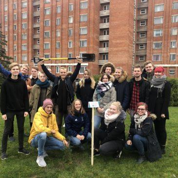 Kingitus Eesti Õpilasesinduste Liidult