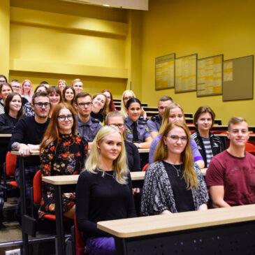 Esmaspäeval algab registreerimine Tartu gümnaasiumide ühiskatsetele